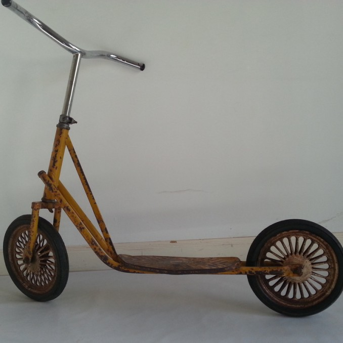Antiguo patinete